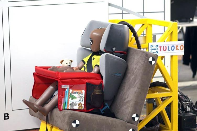 Bezpieczny Stolik Podróżnika TULOKO przeszedł pozytywnie test zderzeniowy wykonany w Przemysłowym Instytucie Motoryzacji PIMOT