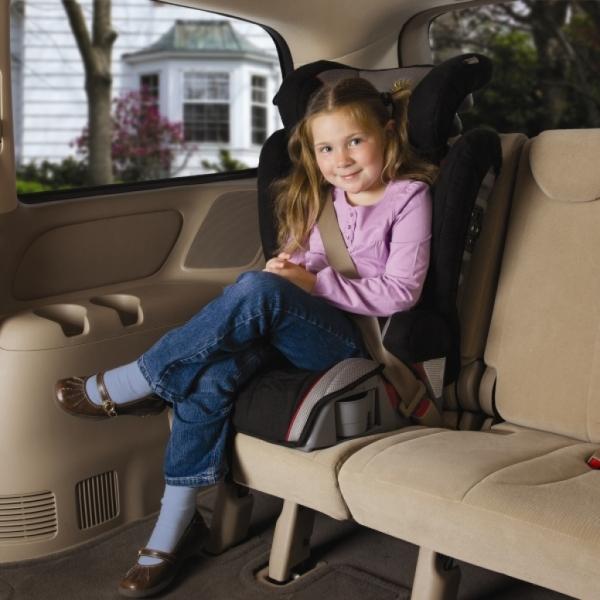 Waga wyższa niż 36 kg nie powinna być powodem do zaprzestania korzystania z fotelika. Zwłaszcza, jeśli dziecko jest niższe!