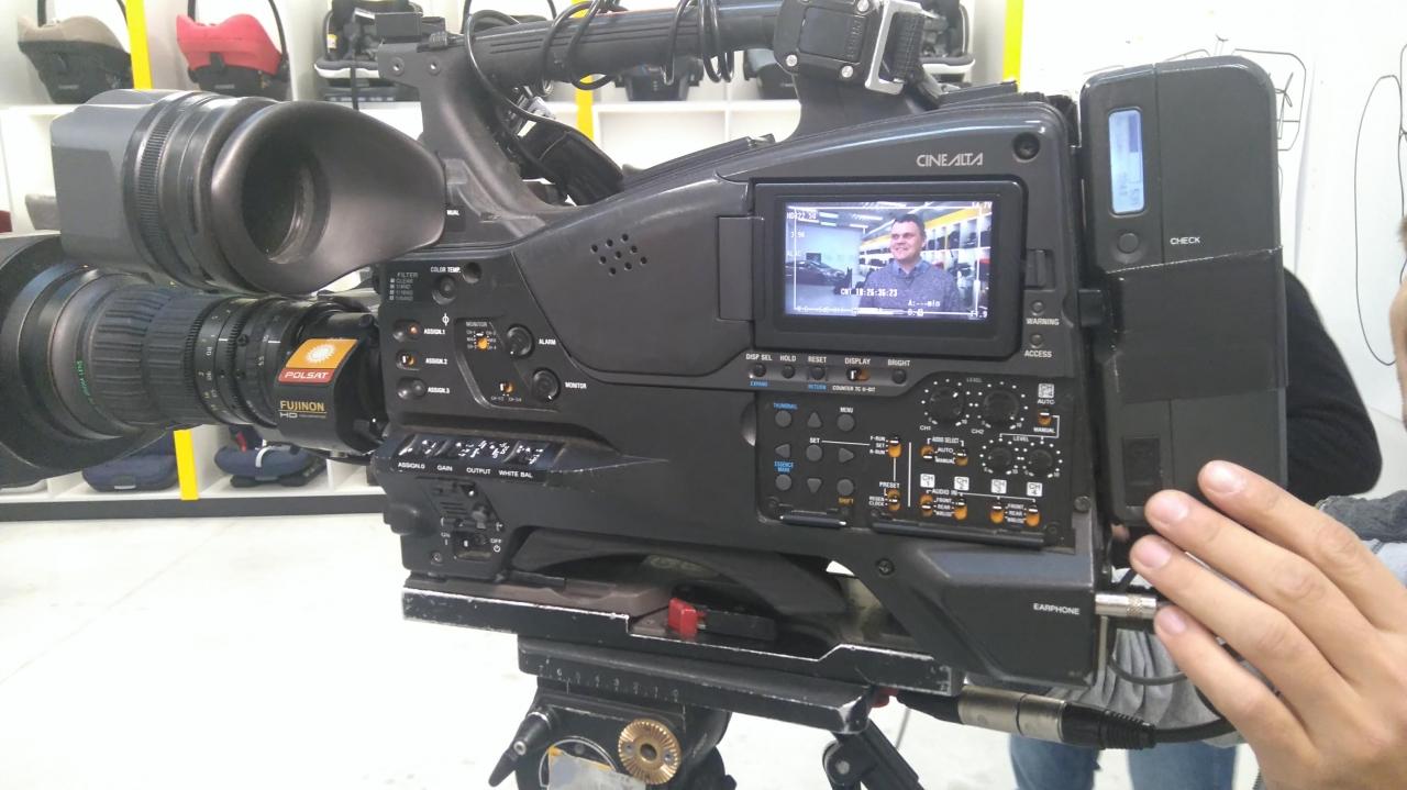 Sławek Molak na kamerze Polsatu