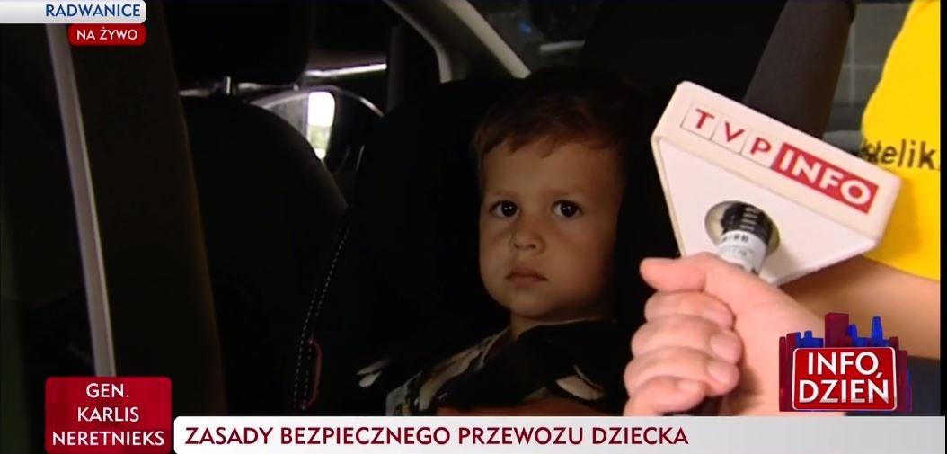 Franek ma trzy latka i jeszcze długo będzie jeździć w foteliku typu RWF. Dlaczego? Ponieważ tyłem jest 5x bezpieczniej!