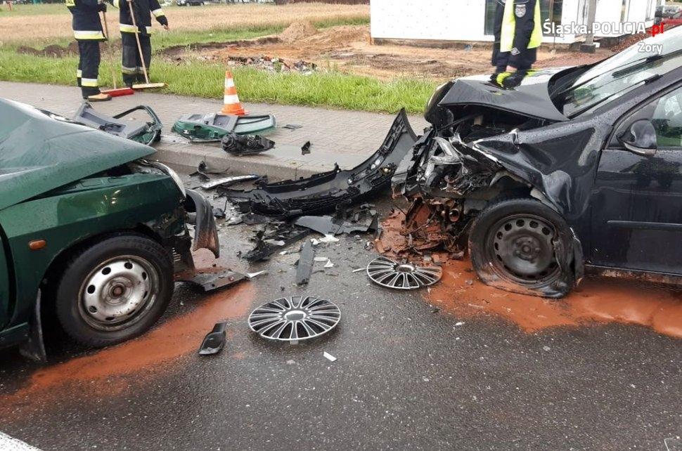 Do tragicznego w skutkach wypadku, doszło w Żorach. Zdjęcia pochodzą z Komendy Miejskiej Policji w Żorach