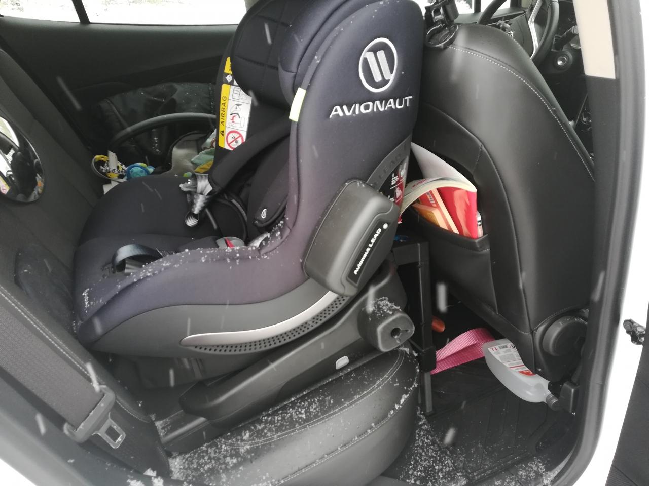 Avionaut Aerofix - to właśnie ten fotelik uratował życie dziecka w strasznym wypadku, do którego doszło w lutym w Krakowie