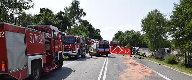 W wypadku pod Grębiszewem zginęły cztery osoby, w tym dwoje małych dzieci. Źródło: KP PSP Mińsk Mazowiecki.