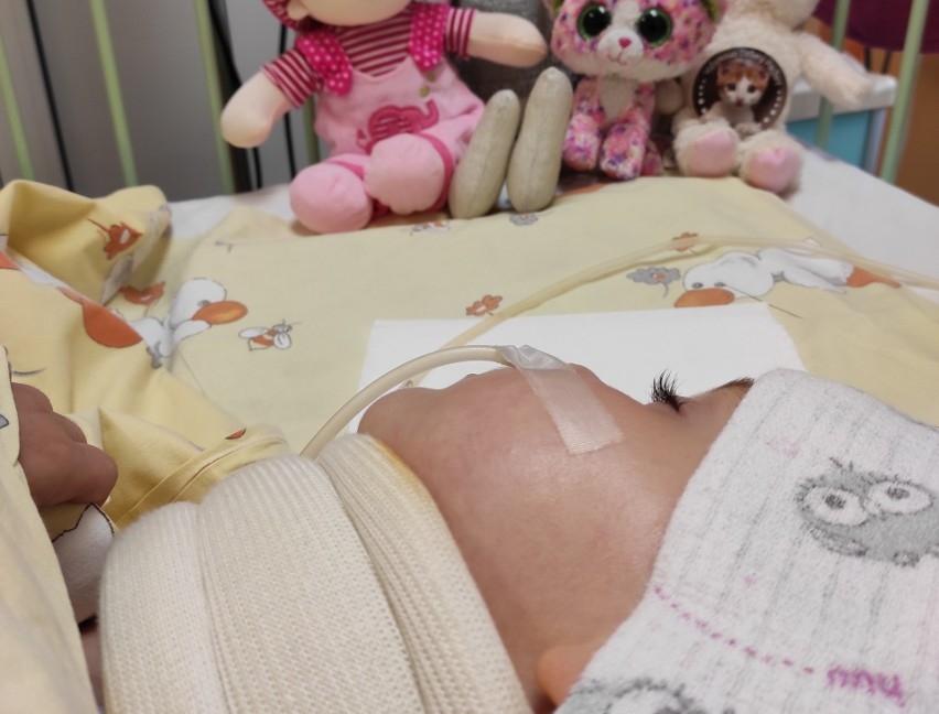 źródło zdjęcia:https://dziennikbaltycki.pl/lekarze-z-gdanska-uratowali-3letnia-martynke-z-namyslowa-ktora-miala-oderwana-glowe-cud-w-centrum-urazowym-dla-dzieci-w/ga/c14-15743210/zd/51049590
