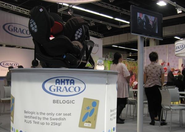Graco BeLogic - nowy fotelik 9-25 montowany tyłem