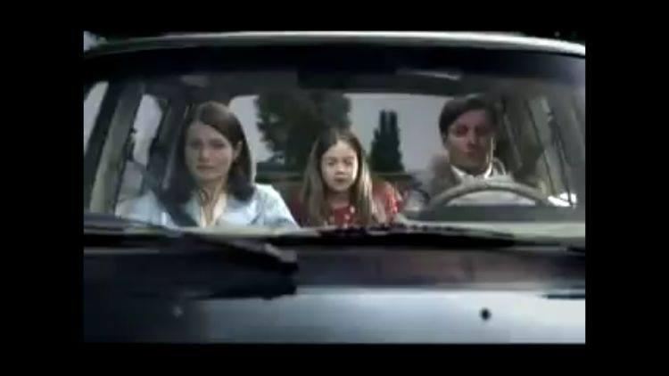 Lepiej dwa razy zastanów się, zanim ruszysz w jakąkolwiek trasę bez zapiętych pasów swoich i dziecka.
