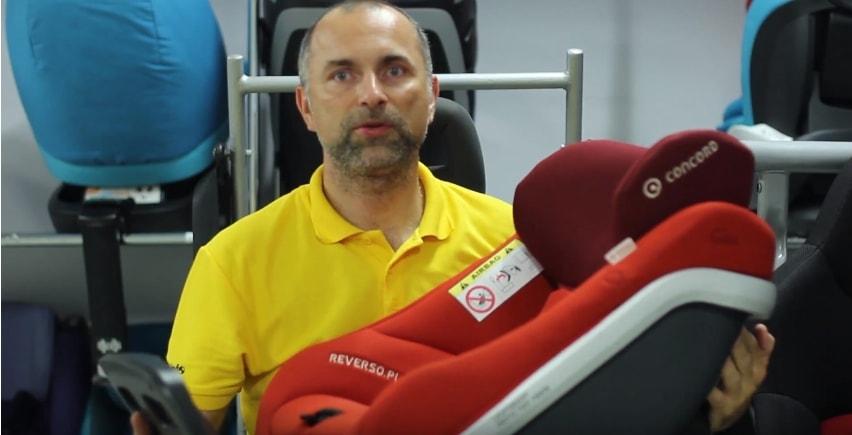 Paweł Kurpiewski – biomechanik zderzeń i ekspert od spraw bezpieczeństwa dzieci w samochodach w najnowszej produkcji. Dzisiaj na ruszt bierzemy ISOFIX. Skondensowana wiedza w jednym materiale!