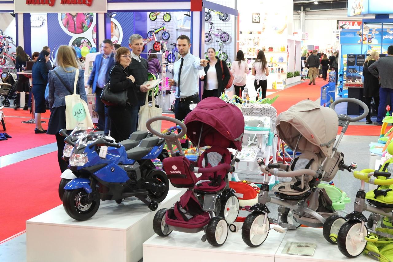 W siedmiu halach wystawiali się producenci wózków, fotelików, zabawek i innych artykułów dziecięcych