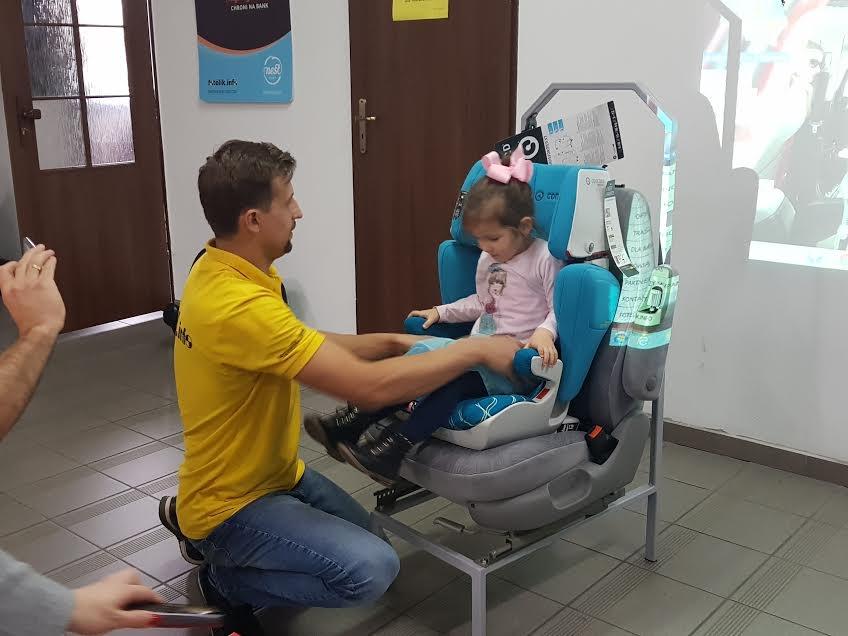 W Centrum Bezpieczeństwa fotelik.info sprawdzisz swój fotelik, oraz dobierzesz nowy. Natalia i Wojtek prowadzą również szkolenia dla szkół, przedszkoli oraz dla rodziców z Białej Podlaskiej i okolic.