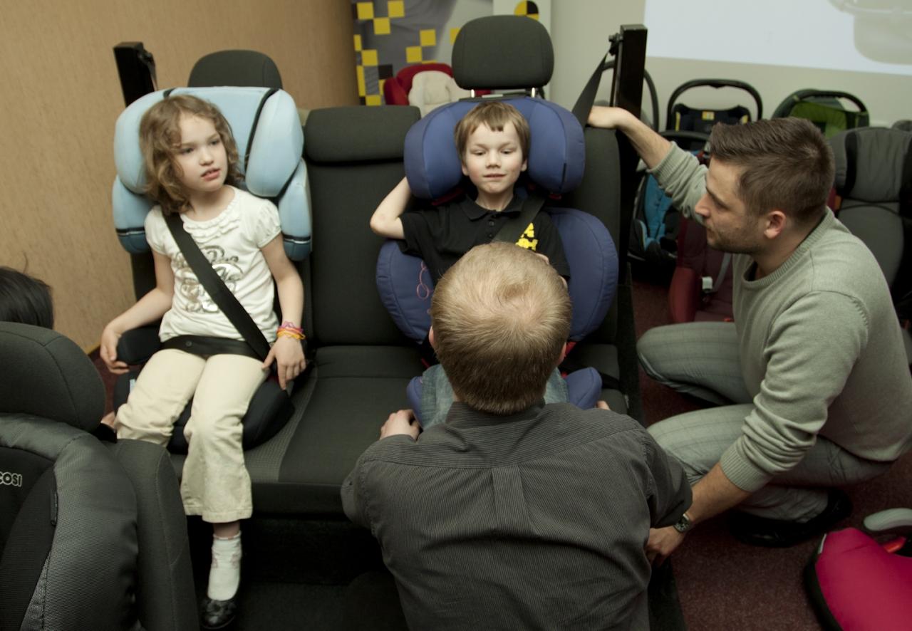 Szkolenia fotelik.info to ogrom wiedzy teoretycznej i praktycznej - praca z dziećmi i fotelikami