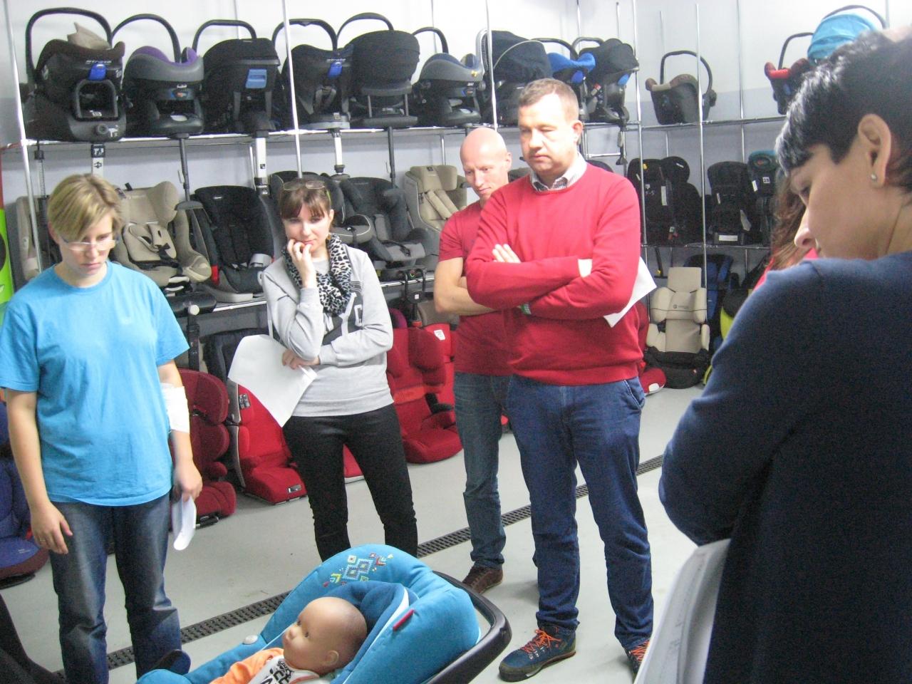 Szkolenia fotelik.info to różnorodne zajęcia teoretyczne i praktyczne